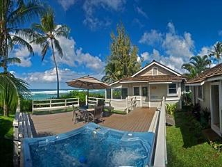 Bright and Happy 4 bedroom, directly oceanfront with hot tub and sunset views - North Shore vacation rentals
