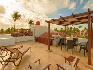 Arenas de Bavaro PH - F302 - Walk to the Beach! - Punta Cana vacation rentals