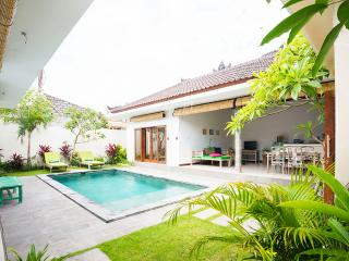Luxurios Villa Myesh walking distance to Seminyak - Kerobokan vacation rentals