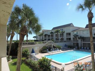 2 bedroom townhouse on beautiful Crescent Beach - Saint Augustine Beach vacation rentals