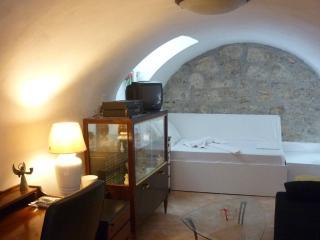 Bioclimatic apt in corfu town - Corfu Town vacation rentals