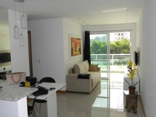 Freedom Residence apartment for 6 people - Lumiar vacation rentals