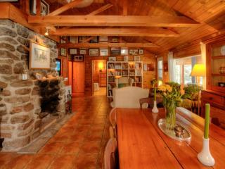 Dudley House on Drag Lake Haliburton Ontario - Haliburton vacation rentals