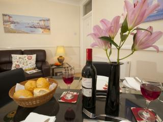 Apartment 2 Number 99 Station Avenue located in Sandown & The South Coast, Isle Of Wight - Sandown vacation rentals