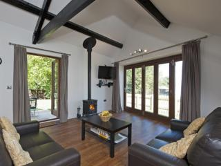Lacewood Barn, Fernhill Farm located in Wootton Bridge, Isle Of Wight - Ryde vacation rentals