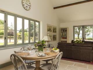 Chisel Barn Foxditch located in Blandford Forum, Dorset - Child Okeford vacation rentals