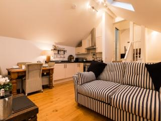 3 Harbour View located in Salcombe, Devon - Salcombe vacation rentals