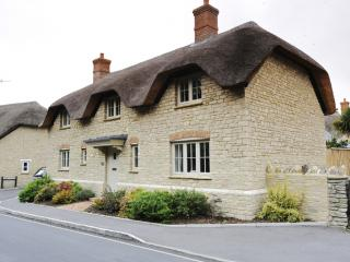 Hambury House - Hambury House located in West Lulworth, Dorset - Dorset vacation rentals