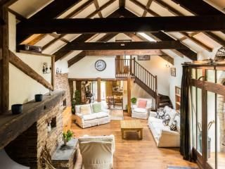 Harleston Manor Barn located in Slapton, Devon - Beesands vacation rentals