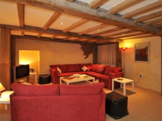 The Threshing Barn, Old Manor Farm located in Torquay, Devon - Torquay vacation rentals