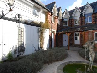 6 The Manor House - 6 The Manor House located in Torquay, Devon - Exmouth vacation rentals