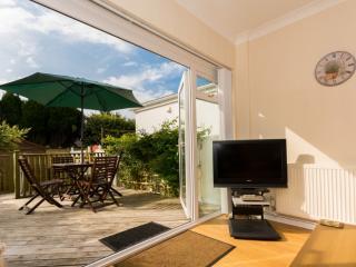 Sundeck - Sundeck located in Brixham, Devon - Brixham vacation rentals