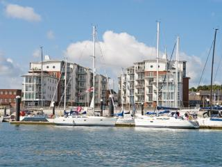 33 Marinus Apartments located in Cowes, Isle Of Wight - Cowes vacation rentals