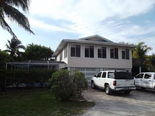 Rare North End Tropical Pool Paradise! - Fort Myers Beach vacation rentals