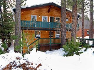 Timber - Pet-Friendly 3BR in Tahow City w/ Tahoe Park HOA - From $200/nt - Tahoe City vacation rentals