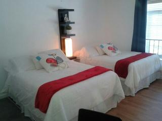 Friendly studio in South Beach - Miami Beach vacation rentals
