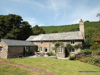 Poocks Cottage, Nr Malmsmead - Rural property on Exmoor to 'get away from it all' - Sleeps 5 - Somerset vacation rentals