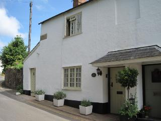 Ruffles Cottage, Dunster - Sleeps 4 - Exmoor National Park - Medieval village of Dunster - Somerset vacation rentals