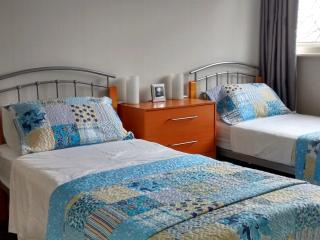 Room & Breakfast* and esentials London !! - London vacation rentals