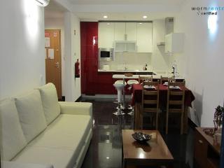 Caymmi Green Apartment - Praia da Rocha vacation rentals