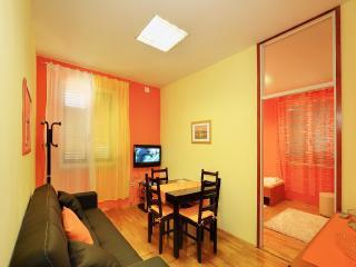 APARTMAN VARNICA - Split vacation rentals