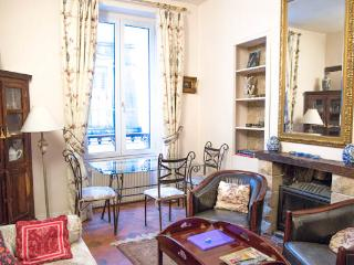 Rue Ferdinand Duval - Classical 1 bed - Metro Saint Paul in the heart of le Marais - Paris vacation rentals