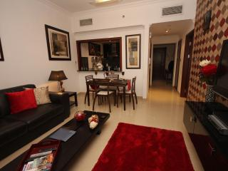 Gorgeous apartment sleeps upto  4 close to metro - Dubai Marina vacation rentals