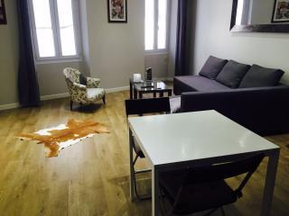 CASSIS T2 CENTRE VILLE - Cassis vacation rentals