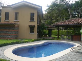 BEAUTIFUL PRIVATE HOME AT MARRIOTT LOS SUE OS AREA - Herradura vacation rentals