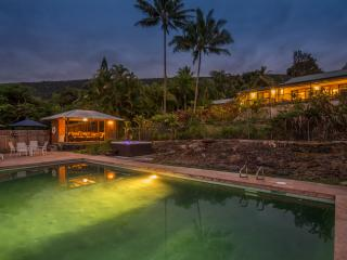 Private Hawaiian Paradise Minutes to the Best Beac - Milolii vacation rentals