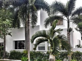 Luxurious Estate Property - West Palm Beach vacation rentals