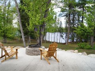 Fox Ridge Retreat - Grand Rapids vacation rentals
