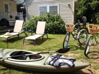 $125 Romantic Cottage Studio Getaway - Rochester vacation rentals