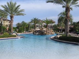 Elegant Home - Walk to Beach, Shops & Restaurants! - Destin vacation rentals