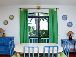 Charming Villa close to the Beach, Armaçao de Pera - Armação de Pêra vacation rentals