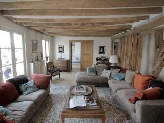 FANTASTIC PENTHOUSE OPERA GUEST HOUSE - Paris vacation rentals