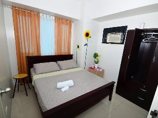 2 Bedroom Suite Across Mall of Asia - Manila vacation rentals