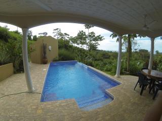 Casa Rana Verde - Ojochal vacation rentals