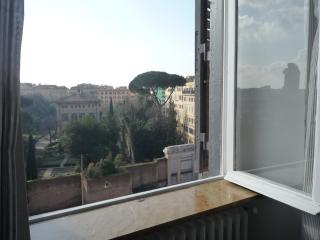 Marius Home - Rome vacation rentals