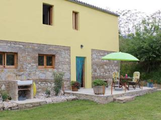 Abruzzo, holidayapartment for 2 - Montebello di Bertona vacation rentals