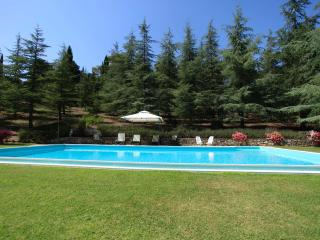 Tuscan Farmhouse in private village, with pool - Cetona vacation rentals