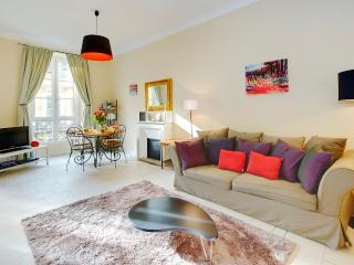 Lauren- Wonderful 2 Bedroom. SUMMER SALE NOW ON! - Nice vacation rentals