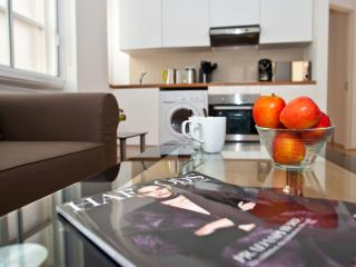 My Apartments Knightsbridge Deluxe - London vacation rentals