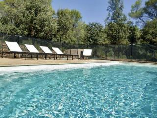 In the heart of the Var, charming bastide with terrace and garden - Cotignac vacation rentals