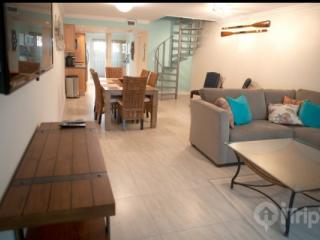 Newly Renovated Townhouse in Beautiful Executive Bay  **Discounts Available** - Florida Keys vacation rentals