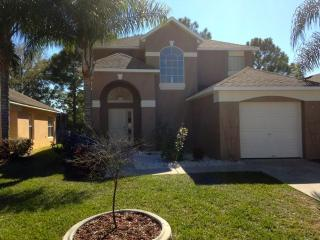 Disney golf front pool home 4br 3 ba sleeps 11-12 - Haines City vacation rentals