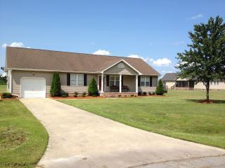 Elizabeth City Ranch House - Belvidere vacation rentals