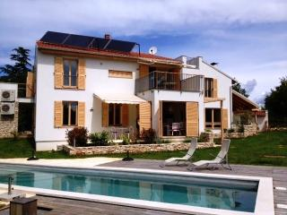 Casa Bamboo - apartment 3 - Banjole vacation rentals
