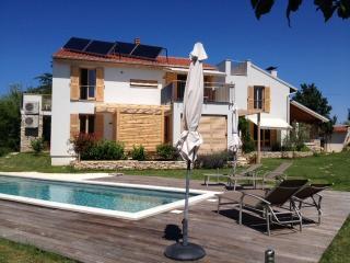 Casa Bamboo - apartment 4 - Banjole vacation rentals