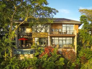 Stunning Ocean View Villa w/ Daily Breakfast - Puntarenas vacation rentals